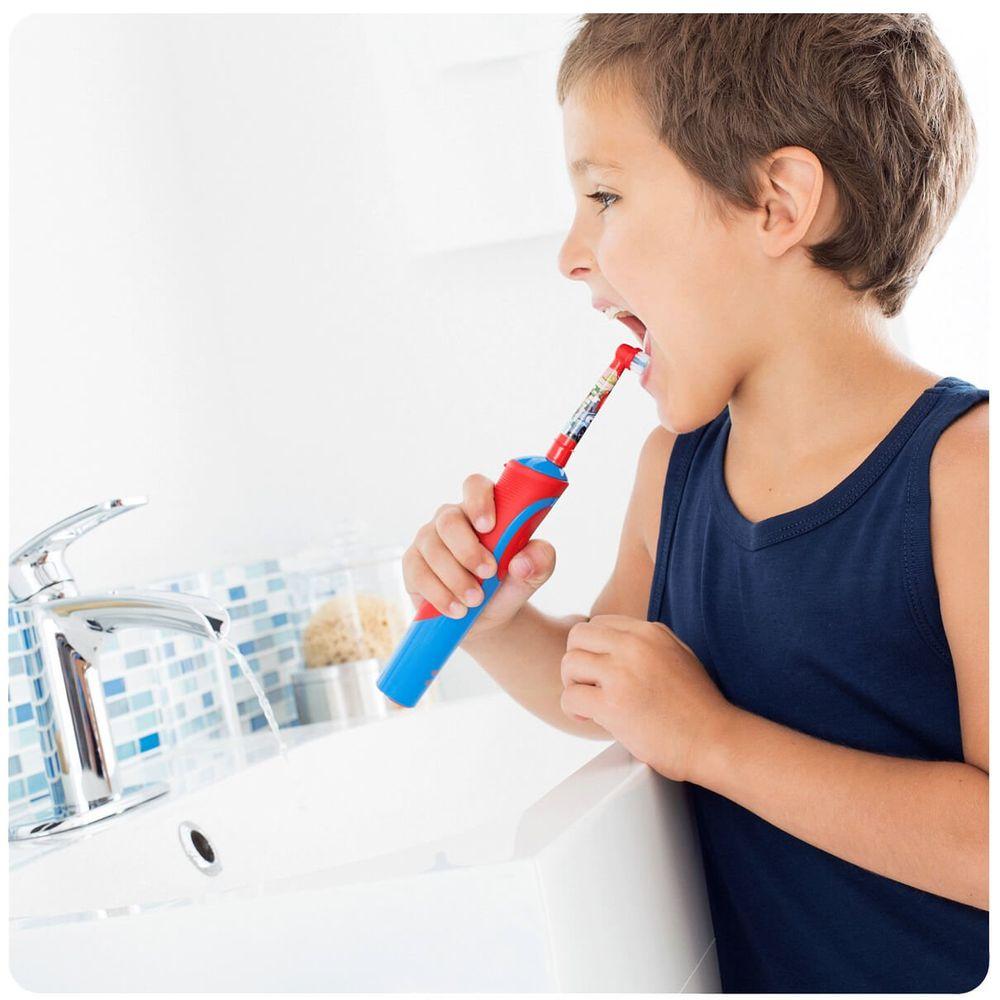Зубна щітка дитяча Oral-B Braun D 12.513 Cars Тачки  8de794a72eda6