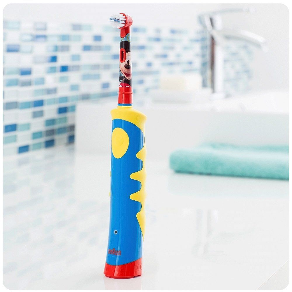 Зубная щетка детская Oral-B D 10.513 ORAL-B Электрические зубные ... 555a108200c4c